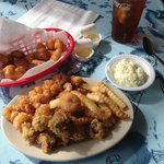 Small serving of Fried Shrimp and Oysters
