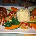 Scallops w/side of grilled shrimp