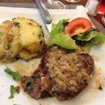 Pièce de bœuf et pommes de terre sarladaise
