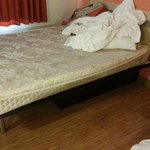Dirty Bed, that was old sagged and HARD!