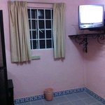 Tv con transmisiones antena aire vhf. Canales básicos.