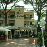 Hotel Flora MIlano Marittima Vacanze Holiday Urlaub