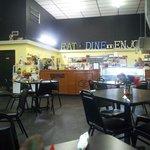 Foto de Cousins Cafe