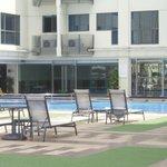бассейн на 4 этаже