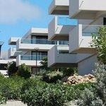 Apartments with Balcony / Einzelne Häuser mit Balkonen