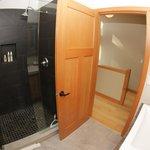Black Bear Suite bathroom