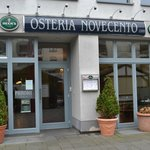 Eingang Osteria Novecento