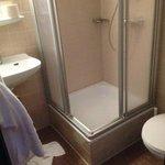 Badezimmer - seeeehr eng
