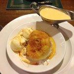 fave pud - treacle sponge with Icecream & custard
