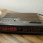 """Retro"" radio clock"