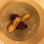 Semifreddo al cioccolato con pere