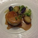 Poulet de bresse fourré au foie gras et cuit à basse temperature