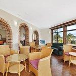 Breakfast / Guest Lounge
