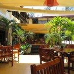 Bar/restaurant area near pool