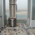Вид на залив из окна номера (2)