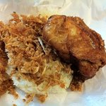 Fried chicken with sticky rice.. we couldn't get enough !!