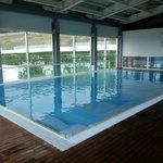 La piscina con vari giochi d'acqua