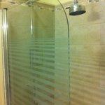 Room 5 Short Shower
