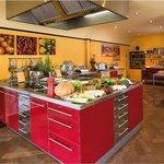 Open keuken in het middelpunt van de ruimte