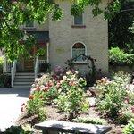 Arbour Garden front yard