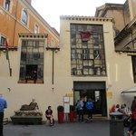 Via del Babuino, Caffe Canova Tadolini