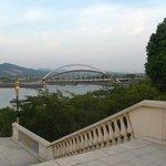 Вид с декоративного моста