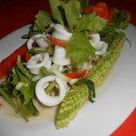 Салатик из морепродуктов (спайси)