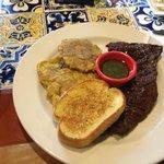 Foto de Chillis Bar and Grill