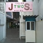 J two S hotel