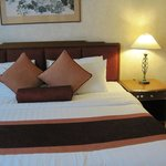 Bed - Rembrandt Towers Serviced Apartments