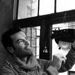 Sandro Gonnella examinating a bespoke frame