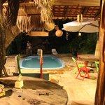 Área externa e piscina