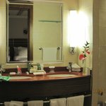 Muirgold Suite: The bath vanity