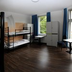 6 Bed Room