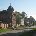Pedestrian Chumbarova-Luchinskogo Avenue