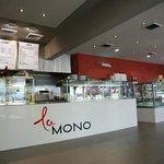 La Mono Restaurant