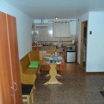 apartamento e cozinha