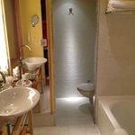 Bad - både dusj og badekar