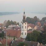 Вид на емун и Дунай