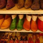 les chaussures qu ils fabriquent
