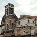 campanile e cupola visti dalle scale di s.Giovanni a Carbonara