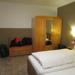 Floor 4 Double room with private shower and toliet