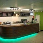 counter bar at Top Dog
