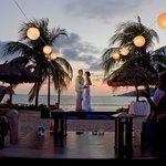 Our Viceroy Beach Reception (Photographer: Adan)