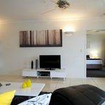 Lounge & living area