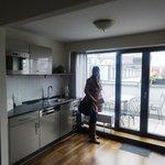 cozinha e varanda do apartamento de cobertura
