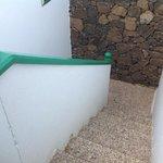 steps to 2nd floor apt