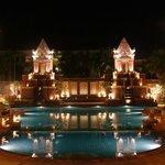 Pool area at night! beautiful