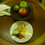 complimentary cheese and apples!