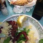 Esta entrada de MOzzarella de Buffala com presunto cru á milanesa é de comer ajoelhada!!!!!!